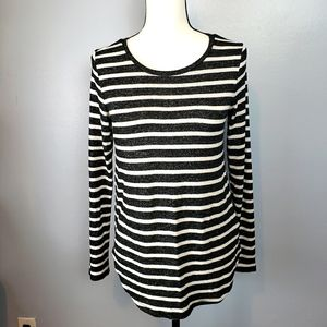 Old Navy Black and White Stripes Sweater
